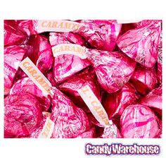 Pink Hershey's Kisses Caramel Filled Milk Chocolate Candy: Bag: Do you want a candy portion for the cake table too? Kisses Candy, Hershey Kisses, Pink Candy Buffet, Candy Theme, Candy Party, Party Favors, Online Candy Store, Caramel Candy, Bulk Candy
