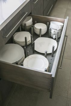 Things We Love: An Organized Kitchen! Still on my list (and in my Joss & Main cart): getting those pull out sliders for all of my cabinets.