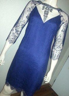 331bc69045a0 Modré krajkované šaty Little Mistress