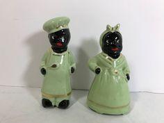 RARE MAMMY & PAPPY CHEF Black Americana Salt & Pepper Green Clothes