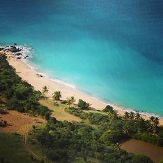 Happy Bay is one of the best snorkel spots of St. Maarten
