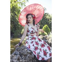 """""""My favourite shot from my shoot at the Ballarat Botanical Gardens. Photo by @allaboutpoutphotography wearing @hellbunnyofficial hair flower by All About…"""""""