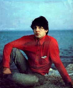 9th September 1964. Paul during The Beatles rest day in Jacksonville, Florida, but stayed in Key West until Hurricane Dora passed.