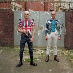 About the project Skinhead subculture has a long and complex history. The subculture drew influence from the earlier Mod style and origi Mode Skinhead, Skinhead Men, Skinhead Boots, Skinhead Fashion, Skinhead Style, Skinhead Reggae, Blackpool, Botas Dr Martens, Beauty