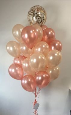 Huge bunch of rose gold balloons and peach balloons - Decoration For Home 18th Birthday Party, Sweet 16 Birthday, Gold Birthday, Birthday Ideas, Balloons Online, Rose Gold Balloons, Gift Bouquet, Balloon Gift, Gold Baby Showers