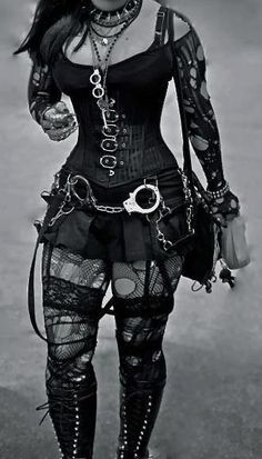 Crazy out fit. I probably wouldn't go all out like this, but I absolutely <3 the skirt