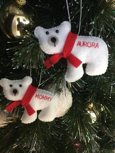 Personalized polar bear ornament perfect for mama bear and baby bear 🐻