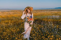 The super bloom that we experienced here in California this year has inspired so many beautiful photo shoots, and even engagements, and we are totally soaking it all up! When fields of wildflowers suddenly burst forth after such a long dry season, well, it's no wonder photographers like Michelle Roller were reaching for their cameras! In this case, Michelle also...