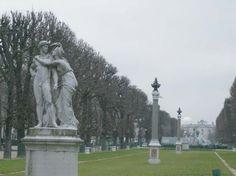 L'avenue de l'Observatoire, au fond l'Observatoire de Paris, Paris, France.