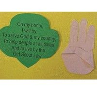 This would be so neat to help the girls learna nd give them a viual reminder.   Girl Scout Promise Craft-Daisy