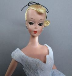 Bild Lilli Doll in Original Ball Gown 1124