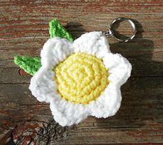 Ravelry: Flower Keychain pattern by Renske de Busschere