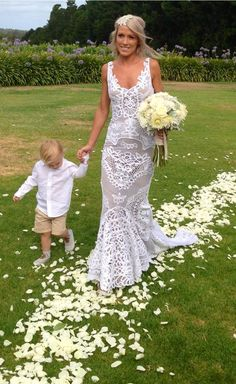 Amazing Boho wedding dress!