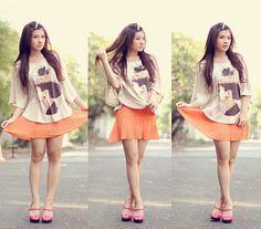 Audrep Hepburn Shirt + Retro Pleating Orange Skirt = ♥