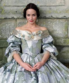 "Emily Blunt as Queen Victoria wearing pearl drop earrings in ""The Young Victoria"" #EmilyBlunt #pearls #TheYoungVictoria"
