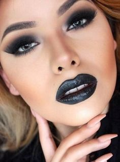 Make up 47 Ideas Makeup Looks Dark Lipstick Black Women Landscape Photography: Tips To Enhan Black Lipstick Makeup, Dark Lipstick Colors, Lip Makeup, Lip Colors, Beauty Makeup, Liquid Lipstick, Best Black Lipstick, Wolf Makeup, Gothic Makeup