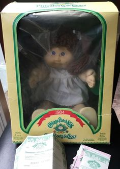 Cabbage Patch Kids Coleco 1984 Brown Hair Girl Doll Adoption Paper Peggy Averil #CabbagePatchKids #DollswithClothingAccessories