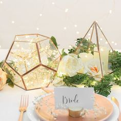 Looking for the perfect #wedding table decor? Try these copper and gold terrariums great to use with #copper wire lights and candles. You can even place them at your entrance for people to leave sweet notes for you to read after the ceremony. #weddingideas