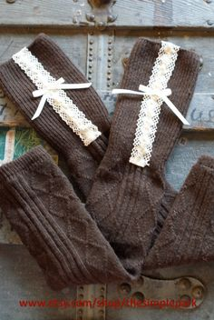 The Terra Get trendy warmth this season! The Terra features cozy brown legwarmers with cream ruffle lace and simple bow . {Its the perfect holiday Mode Style, Style Me, Sock Leggings, Boot Socks, Boot Cuffs, Cute Socks, Mode Inspiration, Winter Wear, Sock Shoes