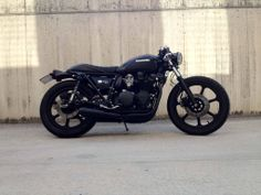 This Kawazaki Z750 have very well put together elements of design, every part makes sense, at least visually.