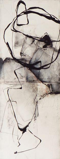 Diplomada a l'Escola de Belles Arts de Toulouse, l'artista francesa Kitty Sabatier treballa directament amb el client i dóna cursos al seu a...