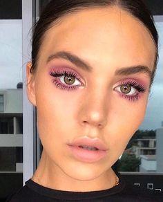 Makeup Trends, Makeup Inspo, Makeup Inspiration, Makeup Ideas, Makeup Geek, Makeup Salon, Glam Makeup, Makeup Kit, Make Up Looks