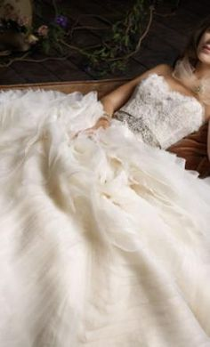 Used Lazaro Wedding Dress 3100, Size 4    Get a designer gown for (much!) less on PreOwnedWeddingDresses.com