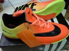 "Format Pemesanan:      ""nama_kode_ukuran_alamat pengiriman"". Contoh: (Ahmad Basuki_Sepatu Futsal Nike Vapor 9 1F_40_Jl.Asem Gede no.29 Kragilan 04/07 Condong Catur Depok Sleman Yogyakarta 55283). kirim sms ke 085643625655  Informasi Dan Pemesanan  No.HP: IM3: 085-643-625655 (WhatsApp, WeChat, Line, & KakaoTalk)  YM & Email: cetupat_collection@yahoo.com (online 24 jam)  Pin BB: 328FA5D8 & 7563209A Nike Vapor, Cleats, My Style, Sports, Fashion, Cleats Shoes, Hs Sports, Moda, Soccer Shoes"