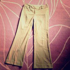 LOFT Julie Trouser Tan Dress Pants size 4 LOFT Julie trousers tan dress pants. Size 4. Inseam: 30 inches. Rise: 9 inches. Waist: 16 inches. LOFT Pants Trousers