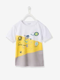 T-shirt com motivos e emblemas