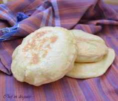 Pita bread recipe - how to make pita pockets. wonderful arabic recipes http://chefindisguise.com/2012/10/03/pita-bread-recipe-how-to-make-pita-pockets/