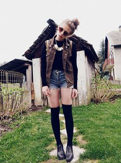 I need to work with this outfit. Knee highs are my fave
