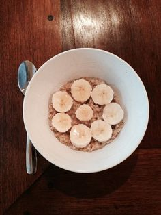 """Honey I'm Going Bananas!"" Oatmeal #glutenfree #hannahsGFA"