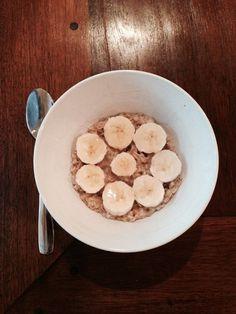 """""""Honey I'm Going Bananas!"""" Oatmeal #glutenfree #hannahsGFA"""