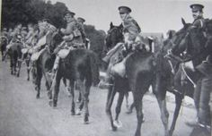 Troop of the 15th King's Hussars during the retreat from Mons, 1914.