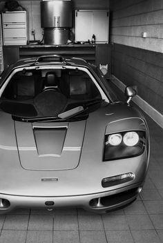 Mclaren Cars, Engin, Futuristic Cars, Car Humor, Amazing Cars, Fast Cars, Sport Cars, Custom Cars, Exotic Cars