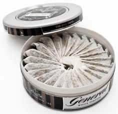 """""""White portion"""" snus of the Swedish label General"""