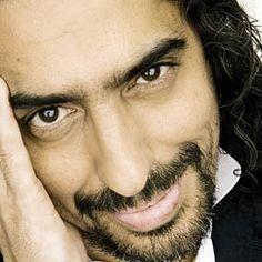 Diego el Cigala, cantante flamenco español.  http://www.cuyonoticias.com/wp-content/subir/2012/09/diego-el-cigala.jpg