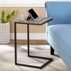 The Seneca C Table from Simple Living is a versatile piece that can be used in any room as an accent table, end table, bedside table or chairside table. Equally useful as a tray table next to a sofa for refreshments C Table, Chair Side Table, Grey Table, Sofa End Tables, Console Tables, Side Tables, Coffee Tables, Metal Furniture, Home Furniture