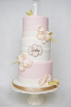 First birthday cake like pink and white