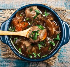 Potjiekos, a traditional South African dish cooked in a cast-iron pot over an open fire is the the local equivalent to the traditional stew. South African Dishes, South African Recipes, Grilling Recipes, Cooking Recipes, Oxtail Recipes, Banting Recipes, Organic Beef, Campfire Food, Kos