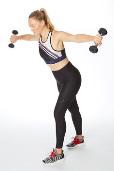 Wondering how to get skinny arms—that are strong, too? Sculpt buff biceps, triceps, and shoulders with this quick arms workout for women. You just need five minutes and a set of lightweight dumbbells to do these arm exercises 5 Minute Arm Workout, Dumbbell Arm Workout, Body Workout At Home, At Home Workouts, Exercise Workouts, Excercise, Upper Arm Exercises, Core Exercises, Fitness Goals