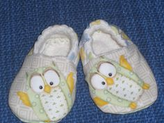 Owl fabric Baby shoe Baby slipper Bootie by LilSweetiePies on Etsy, $16.00