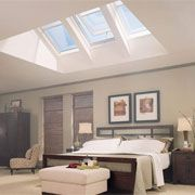 Vivacious Velux Skylights for Your Roof Window Ideas: Interesting Tri Fold Velux Skylights Roofing Decor As Sunlight Views And Grey Master Bedroom With Modern Furnishing Ideas Skylight Shade, Roof Skylight, Roof Window, Skylights, Skylight Bedroom, Bedroom Ceiling, Home Renovation, Home Remodeling, Fenetre Double Vitrage