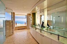 Comfortable-Bathroom-and-Dreams-House-Design-Interior
