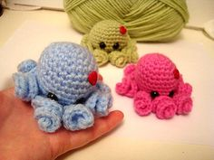 Mini Amigurumi Octopus ~ free pattern