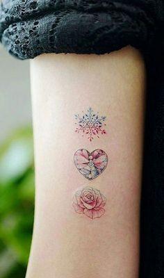 Unique Pretty Watercolor Triple Three Rose Arm Tattoo I .- Einzigartige hübsche Aquarell Triple Three Rose Arm Tattoo Ideen für Frauen – … Unique Pretty Watercolor Triple Three Rose Arm Tattoo Ideas for Women – www. Pretty Tattoos, Unique Tattoos, Beautiful Tattoos, Small Tattoos, Diy Tattoo, Tattoo Fonts, Tattoo Ideas, Body Art Tattoos, New Tattoos