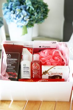 Emergency Pamper Kit - great idea for when you need an extra pick me up... Fab gift idea as well.