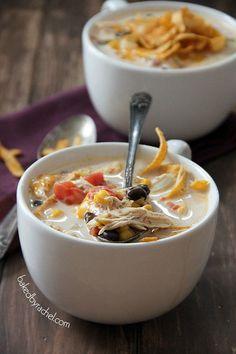 Slow Cooker Chicken Enchilada Soup, Jake says it's the best soup I've ever made! Crock Pot Soup, Slow Cooker Soup, Crock Pot Cooking, Slow Cooker Chicken, Slow Cooker Recipes, Crockpot Recipes, Cooking Recipes, Yummy Recipes, Healthy Recipes