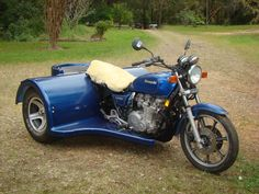 Conversion of a Kawasaki 1000 Police bike to a trike